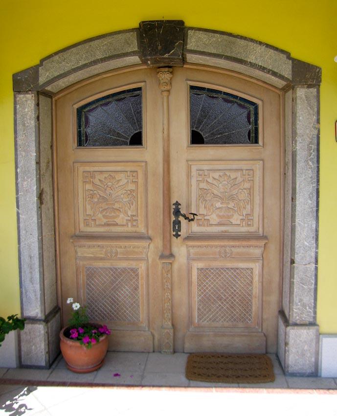 Vhodna in notranja masivna vrata for Z portal